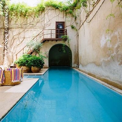 Der Traum vom eigenen Pool: So startest du deine Planung